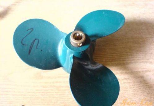винты для моторов ветерок 8