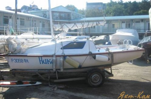 продам мини яхту: